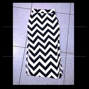 Chevron maxi skirt with splits